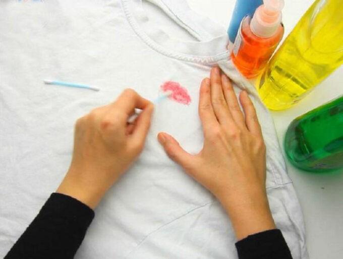Как удалить пятно растворителем