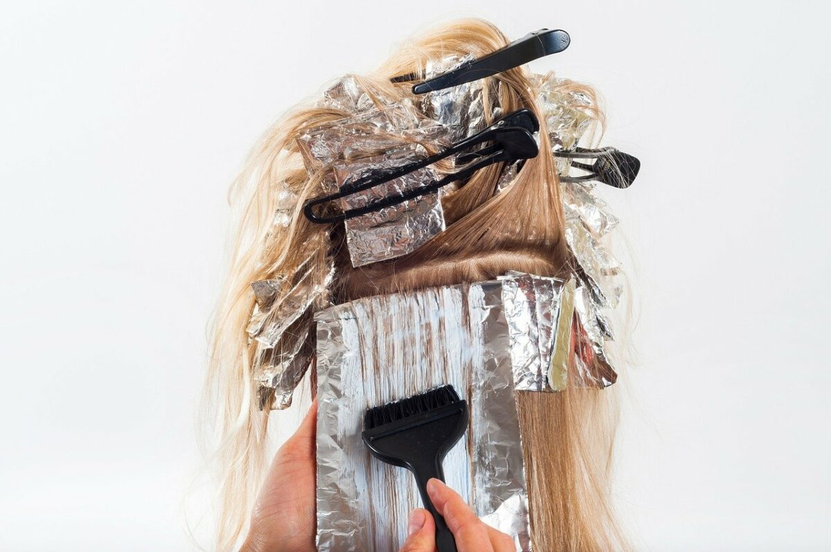 Щадящая краска для волос профессиональная