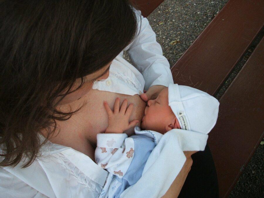 Почему делают кесарево сечение при родах