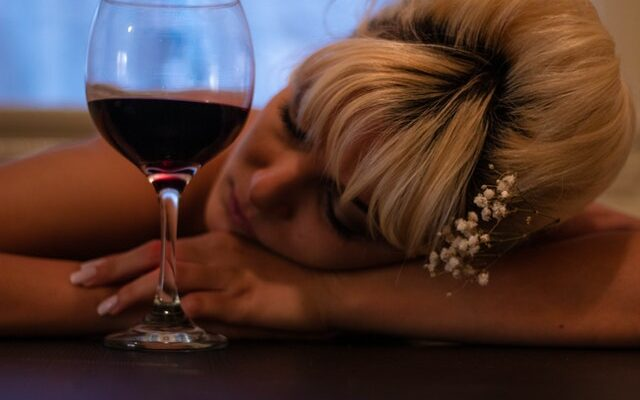 Женский алкоголизм лечение в домашних условиях