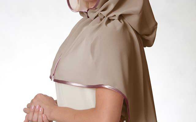 Как одеваться верующей женщине