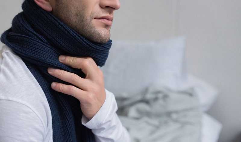 Как нельзя и как можно сбивать температуру взрослым и детям
