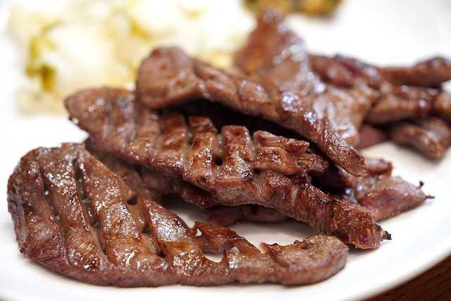 Мясные деликатесы не рекомендуется есть женщинам
