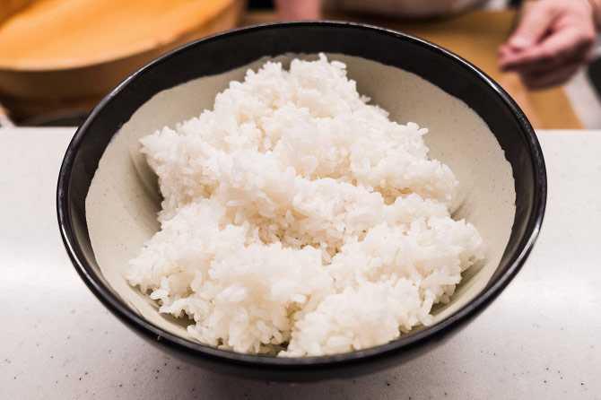 Приготовление риса для роллов