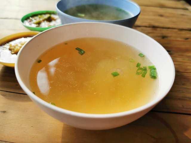 Стоит ли давать детям супы