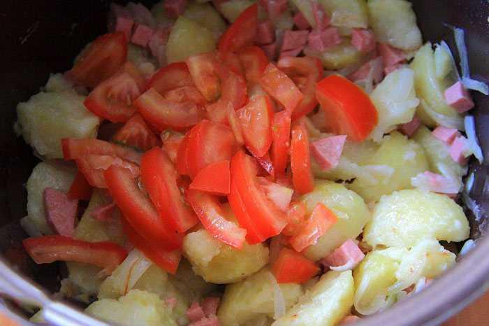 Куриные сердечки с грибами и картошкой